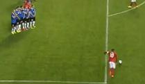 Teška muka Engleza, Rooney zabio za tri boda; Kiks Rusije