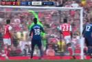 Wengerova 13. sreća: Napokon je svladao Mourinha u derbiju… Liverpool  remizirao