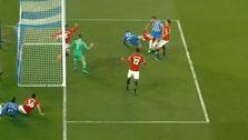 Brighton golom Grossa srušio Manchester United ; PSG dva puta imao prednost, ali ostao bez trijumfa u Amiensu