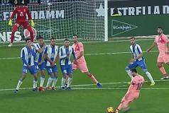 Barcelona pokazala Espanyolu tko je jedini gazda u gradu te zasjela na vrh ; Manchester City od Chelseaja doživio prvi poraz u ligi